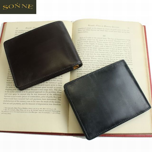 ゾンネ(SONNE)メンズ二つ折り財布 ブライドルレザー  スペイン製牛革 オイル仕上げSOW002