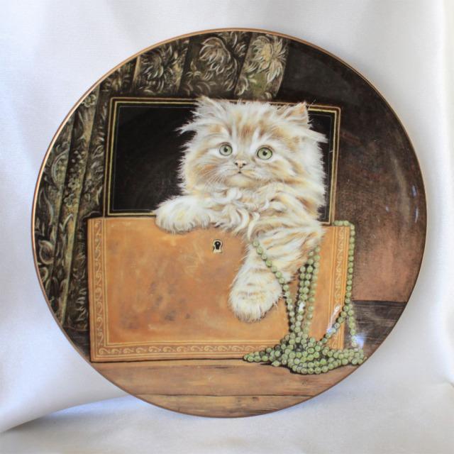 1985年 可愛らしい子猫の絵皿 ロイヤル ウースター Royal Worcester ハミルトン コレクション 第2集 ピュアフェクト トレジャー Hamiiton コレクターズ プレート 絵皿 キティン クラシック ネコ ねこ キャット Cat 【中古】 【送料無料】 02P19Dec15