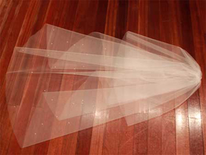 パール付ウェディングベール ミディアム ヴェール フェイスアップ 60 x 140cm オリジナル オフ白 ミルク 白 【RCPmar4】【送料無料】 【0815カード分割】 02P05Sep15