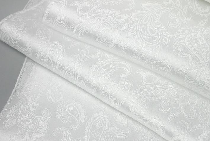 ストア これは反物の切り売りですので縫製はしてありません 草木染めできる丹後シルク100%45cm巾の白生地反物1m単位で切り売り 切売 いたしますシルクサテン 売り出し ペイズリー織柄 タペストリー の白生地45cm巾..Silk100%洋服 ロングスカーフ ハンカチ用途丹後ちりめん歴史館製織の白生地
