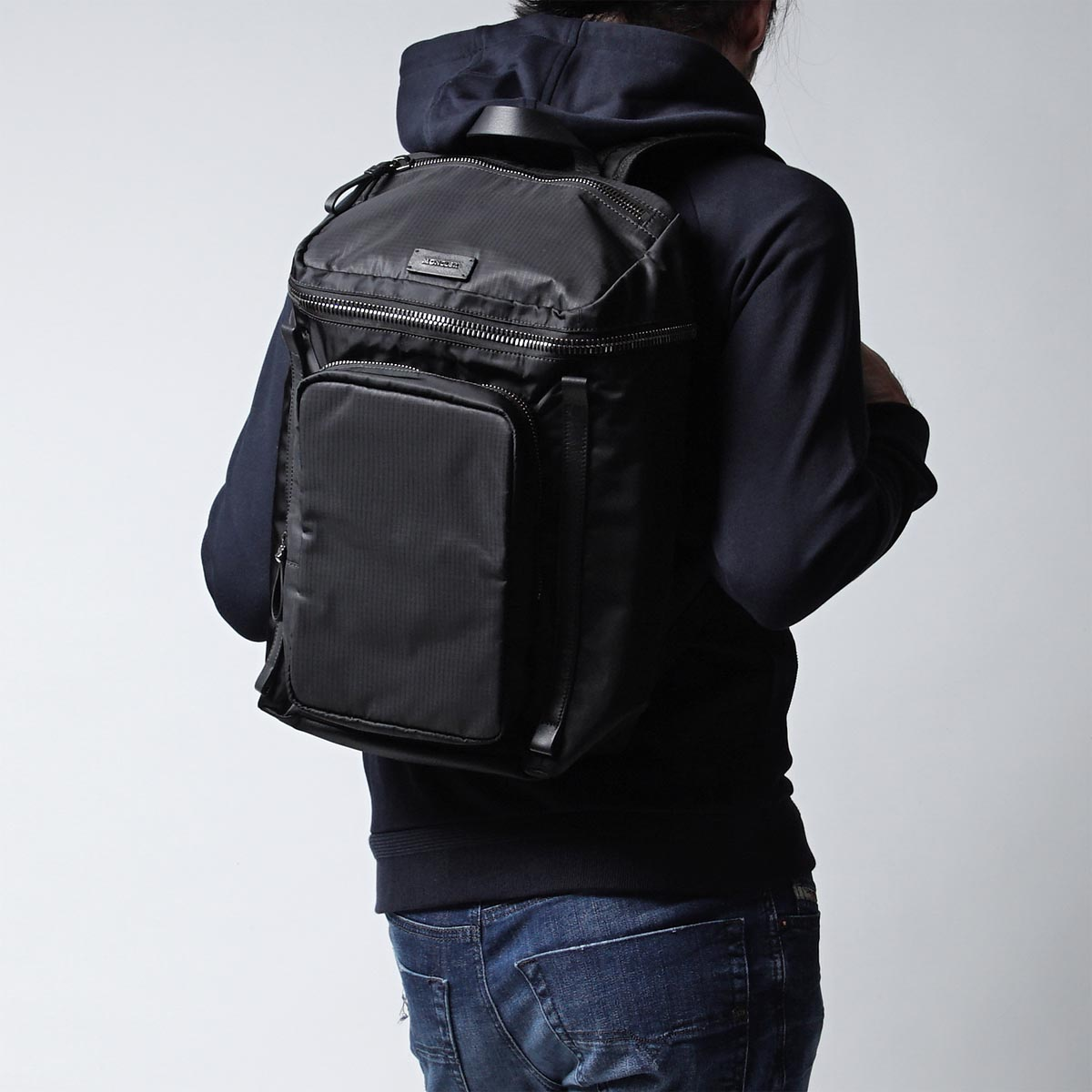moncler yannick backpack