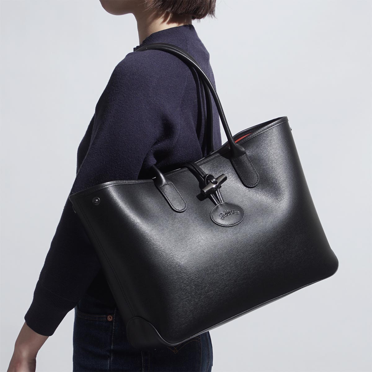 b304b9a8eee5 Longchamp LONGCHAMP tote bag Lady s black shoulder bag commuting leather  2686 871 001 Roseau LEATHER