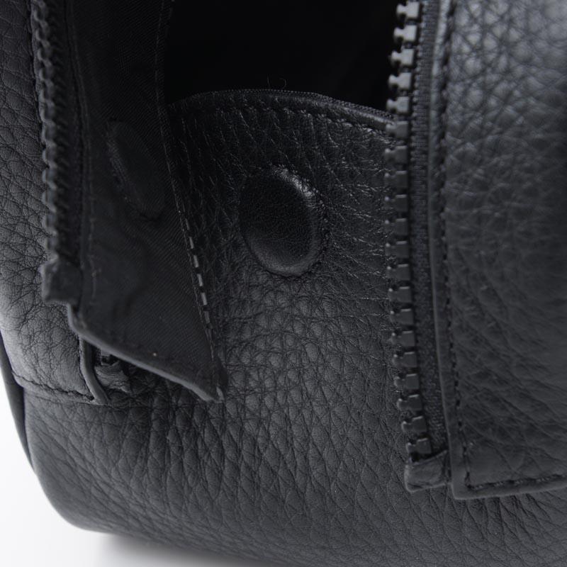 ジバンシー GIVENCHY トラベルケース ポーチ ブラック メンズ ギフト プレゼント レザー 本革 旅行 bk602lk0fh 001【返品】【190415】