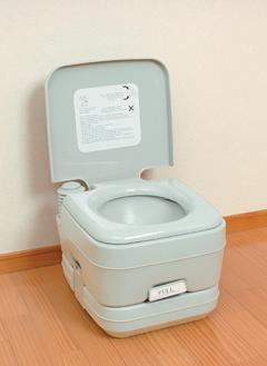 \ページ限定・マジッククロス付/ 『簡易トイレ』本格派ポータブル水洗トイレ【後払いも可能】【smtb-s】