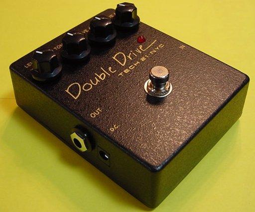 TECH 21 DoubleDrive 【KK9N0D18P】