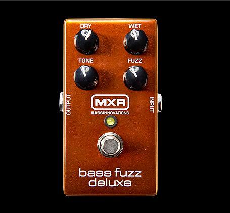 MXR 《ベース用ファズ》M-84 BASS FUZZ DELUXE (M84) 【KK9N0D18P】