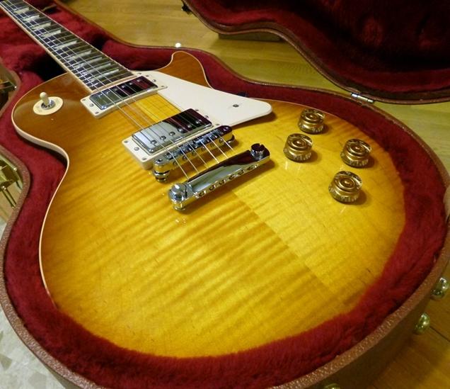 【超ポイントバック祭xポイントアップ実施27日~31日迄】【新品】Gibson LesPaul Traditional Premium Finish 2016 T Honey Burst 【オリジナル・ハードケース付き】【KK9N0D18P】