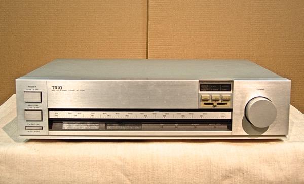 【中古】トリオ FM/AMチューナー KT-1100