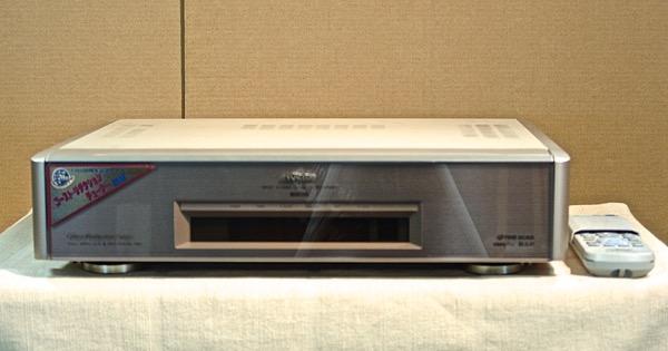 【ポイント2倍セール実施22日9:59迄】【中古】VICTOR S-VHS ビデオデッキ HR-X7