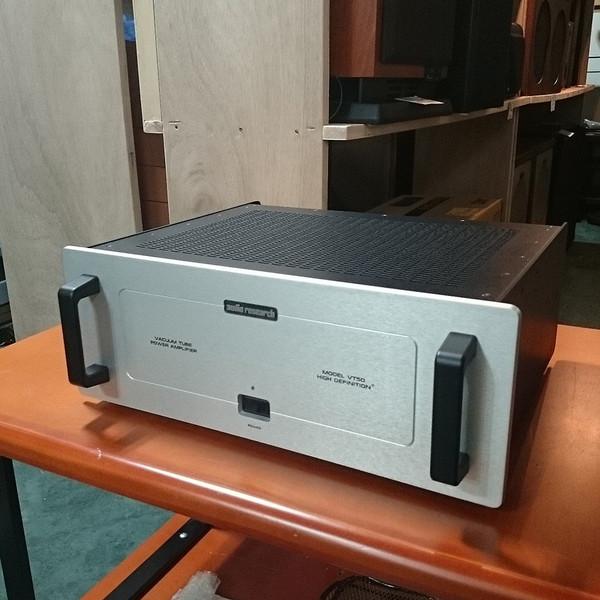 【ポイント2倍セール実施22日9:59迄】【中古】 オーディオリサーチ Audio Resarch パワーアンプ VT-50【02P05Nov16】【KK9N0D18P】