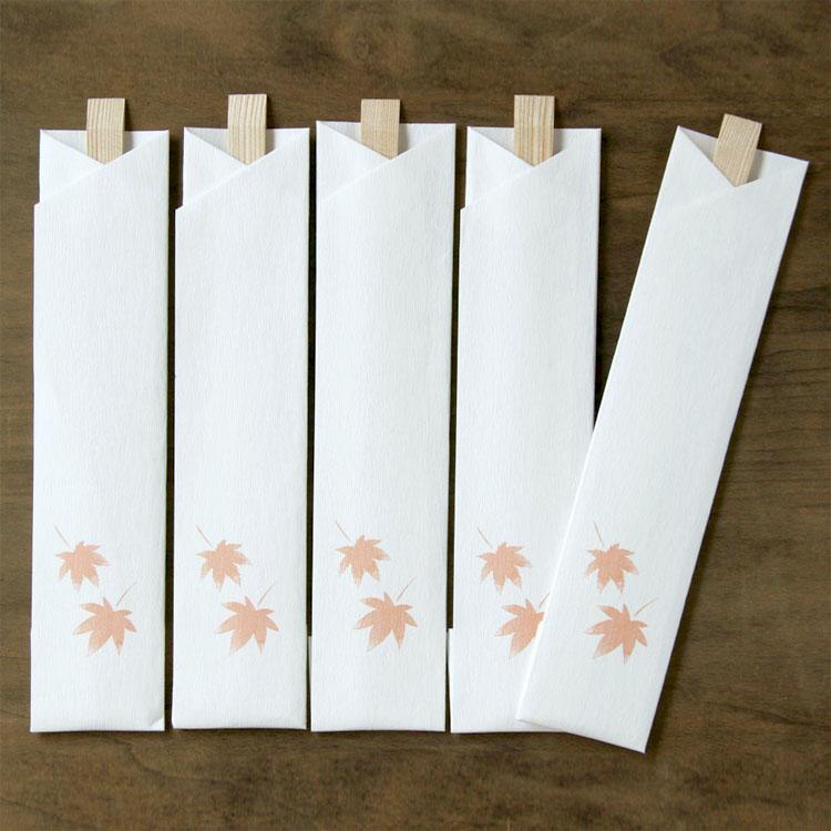 めでたや秋もみじ 和紙のテーブルウェア 割り箸 5膳入 入手困難 紅葉 市場 箸包み