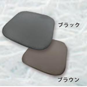 pompomクッションブラック(im-h4580198711972)orブラウン(im-h4580198711989)