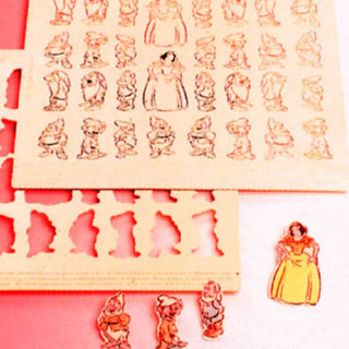 【 エモーショコラ 白雪姫 31ヶ取 64006 】 【 厨房器具 製菓道具 おしゃれ 飲食店 】