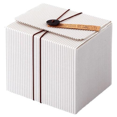 【まとめ買い10個セット品】 ボタンタグ付きホワイトギフトボックス 11×9.8×9.7 10枚【店舗什器 小物 ディスプレー ギフト ラッピング 包装紙 袋 消耗品 店舗備品】