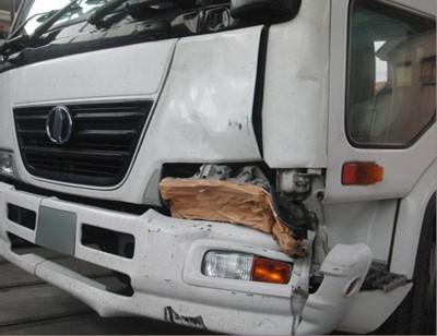 ※↓の部品代と一緒にご購入ください 大型車 送料無料限定セール中 トラック お気に入 バス 修理 事故修理修理工賃ポイント10倍 大破 ニッサンディーゼル修理内容:左フロント部
