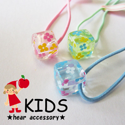 Made in Japan Melody Accessory  -Transparent cube flower hair ... 2f9bf039c8f