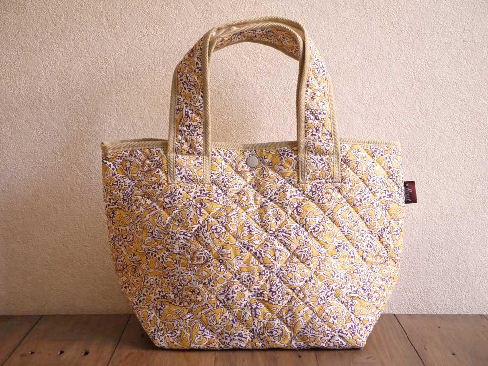 8716a95d9 Quilting tote bag <Lagos Laurel> (Lagos laurel) YE yellow 922115  using ...