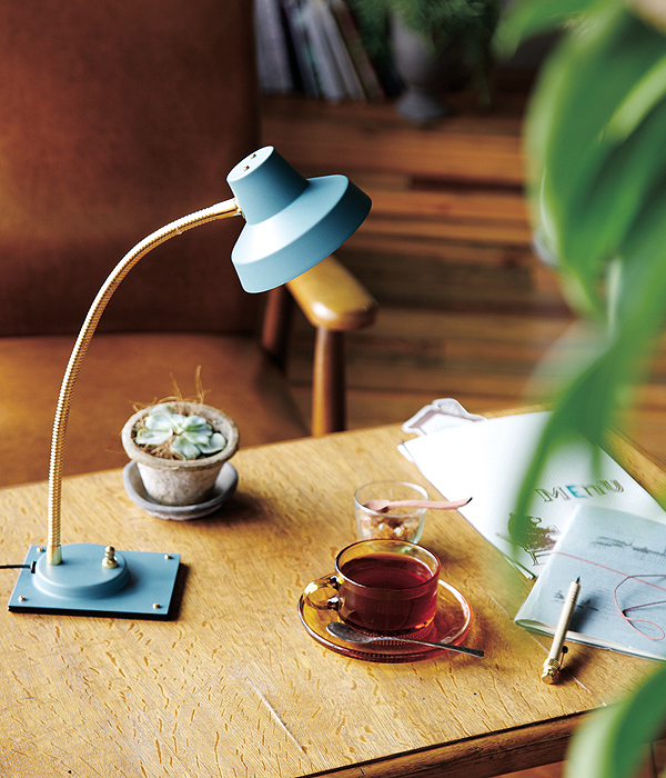 ARTWORKSTUDIO マディソンデスクライト Madison-LED desk light  デスク ライト卓上照明【送料無料】