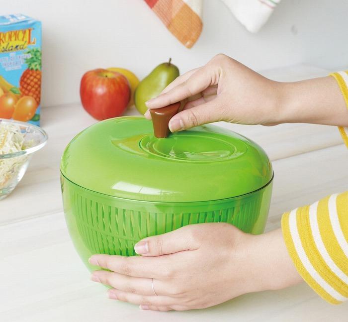 アップルサラダスピナー りんご Sサイズ グリーン レッド 新登場 水切り器 salada spinner 日本 ホワイト