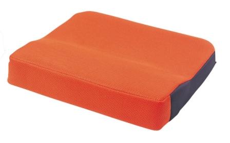 シーポス(車いす用クッション) 幅40cmx長さ40cmx厚さ5cm(最厚部7cm) オレンジ MSPOR モルテン【条件付返品可】