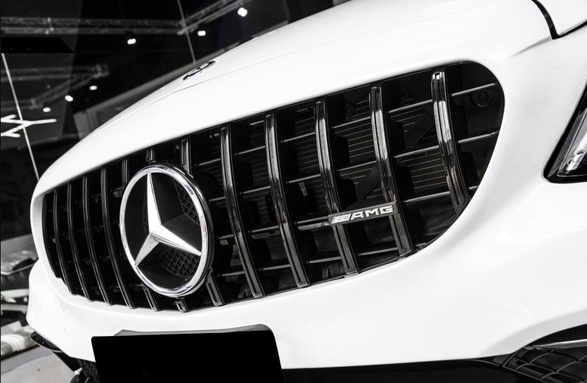 BENZ ベンツAMGパナメリカーナグリル W205 S205 C205 Cクラス用AMG GTRタイプ艶黒グリル C200 C250 激安 C43 C45 C180 完全送料無料