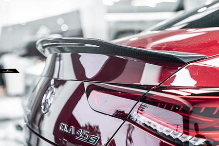 【FUTURE DESIGN】BENZ メルセデス・ベンツ CLA-Class W118 トランク用リアスポイラー 本物DryCarbon ドライカーボン