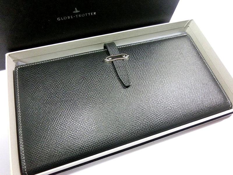 【新品】グローブトロッター JET トラベルウォレット 小銭入れ付き 黒 ブラック 長財布