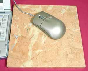 天然石マウスパッドやさしいオレンジ系。ロッソ・アリカンテ 正方形