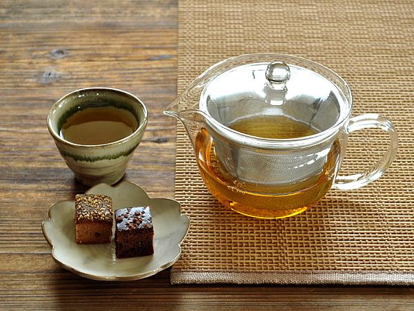 食器 販売実績No.1 ティーポット ガラス おしゃれ お茶ポットワイド450cc カフェ風 ステンレス製カゴ網付き 耐熱ガラス 激安超特価