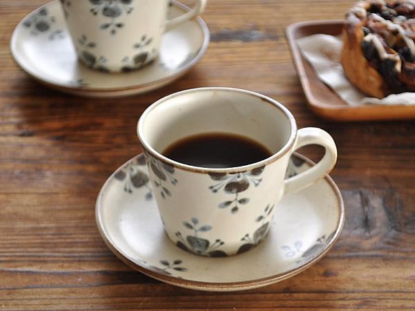 ※在庫限りで販売終了となります ありがとうございました ふるさと割 食器 コーヒーカップ おしゃれ カップソーサー 4年保証 和食器 モダン 珈琲 アウトレット 美濃焼 カフェ風 陶器 ソーサー ローズマリーカップ フラワー