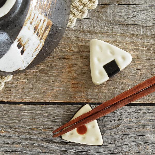 食器 箸置き おしゃれ 公式通販 かわいい 最新 和食器 モダン アウトレット おにぎり箸置き カフェ風 美濃焼 カトラリーレスト