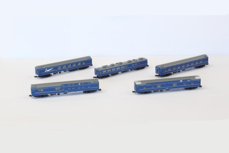 24系25型 北斗星 JR東日本仕様 5両セット 【ロクハン・T010-3】「鉄道模型 Zゲージ ロクハン」