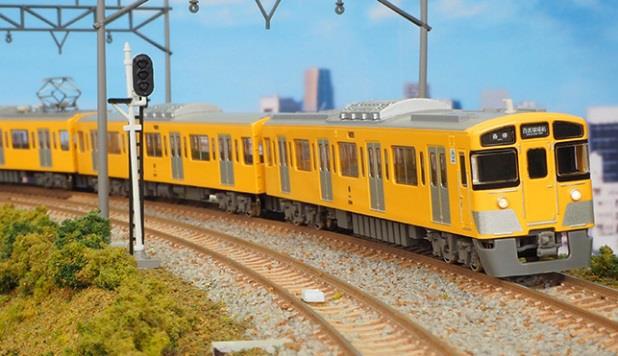 西武新2000系前期形(前面貫通扉窓 小) 4両編成基本セット  【グリーンマックス・1233S】「鉄道模型 Nゲージ GREENMAX」