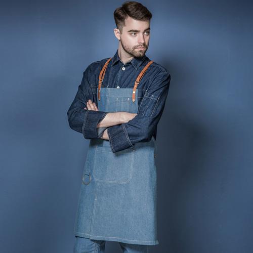 実用性にも優れたエプロン☆Customizing denim leather apron (Denim) #AA1838☆ユニフォームデザイナー専門ブランド a.mont☆飲食店・ホテル・サービスユニフォーム(制服)接客・厨房・コックコート・エプロンなどの専門店です♪ ☆a-mont