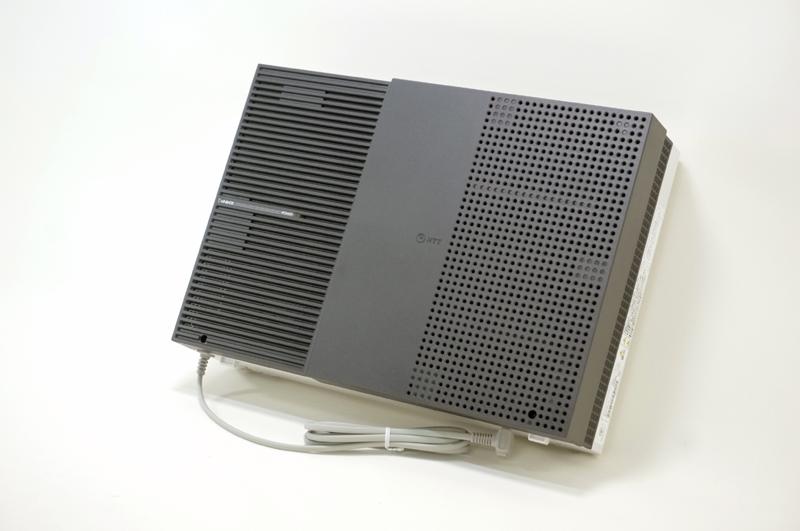 【中古】NTT αNX2 NX2-Mタイプ主装置 ビジネスホン、最大アナログ回線12本・ISDN回線6本・ひかり電話(家庭用)/050IP・12ch合わせて最大12回線使用可能、NXSM-SU(1)1枚付き・主装置壁掛け金物付き NX2M-ME-(1)