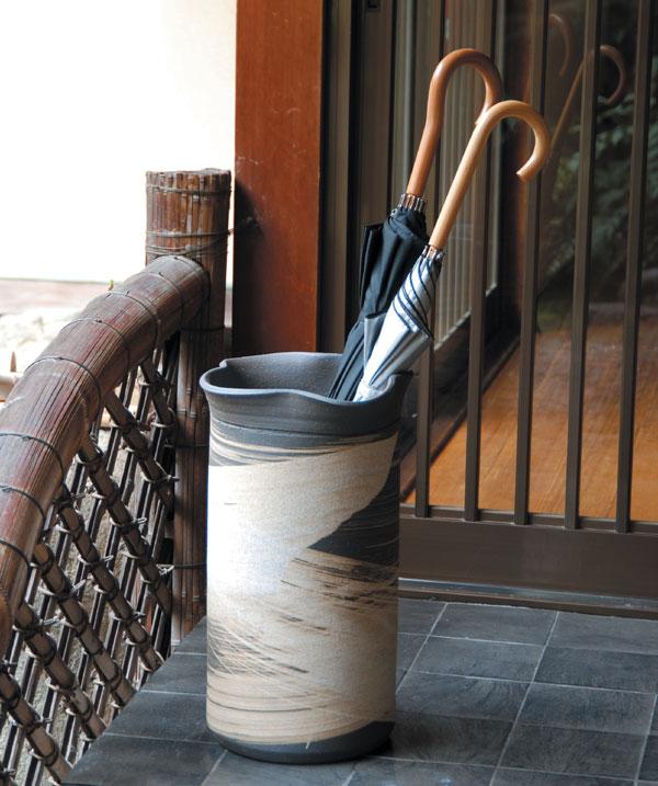 信楽焼 傘立て いぶし刷毛目傘立 信楽焼き 滋賀県 日本の代表的な伝統工芸品「信楽焼」【QSM-160】【2D】