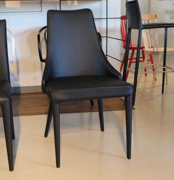 椅子 モダン ダイニング チェア   ブラック レザー デザイナーズ【QSM-220】  t001-