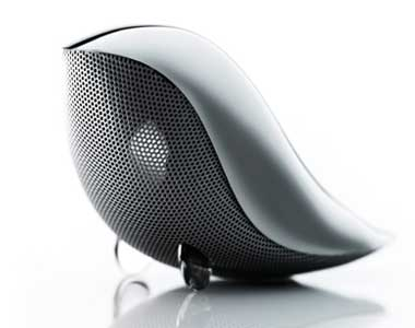 High-performance battery powered GAVIO / Wrenz Lenz bird speakers 2 hours charging can use up to 8 hours!