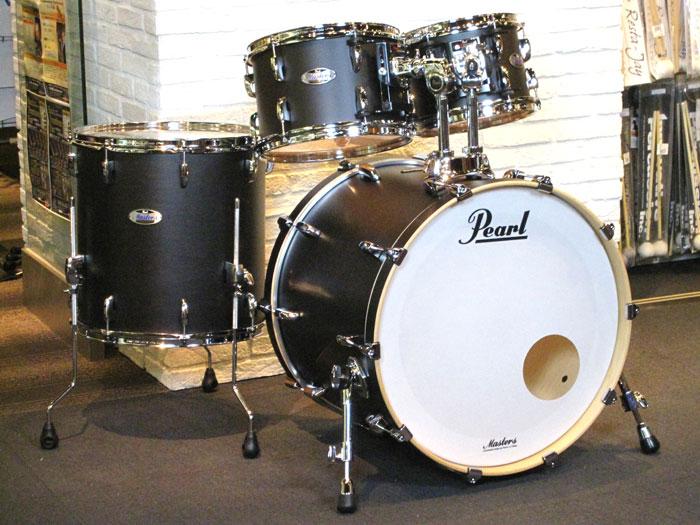 送料無料!!Pearl(パール)ドラムセット MCT924BEDP/C 124 Mat Black Mist Masters Maple Complete Drum Set / シェルパック 即納品可能!!