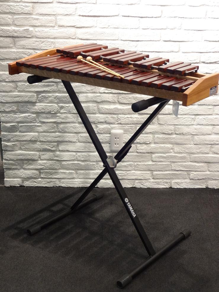 マレット1組付き シロフォン ECO32+YAMAHAスタンド付き / KOROGI(こおろぎ社)卓上木琴