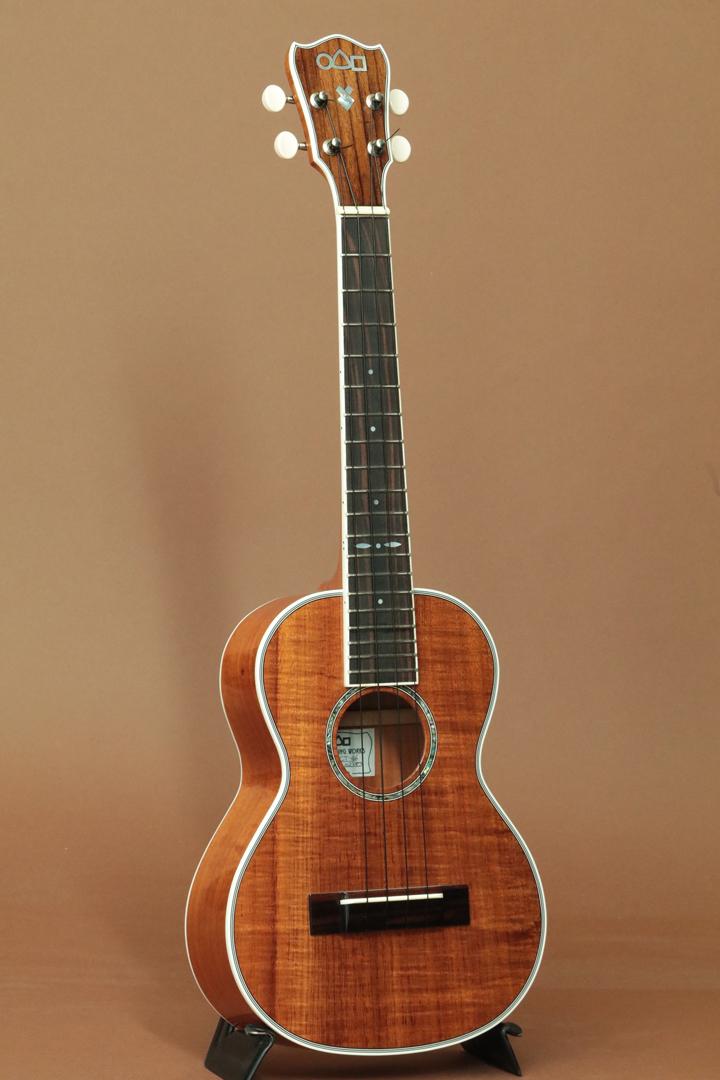【占部弦楽器製作所/Urabe】CT-46 Hawaiian Koa Tenor/日本製/ウクレレ