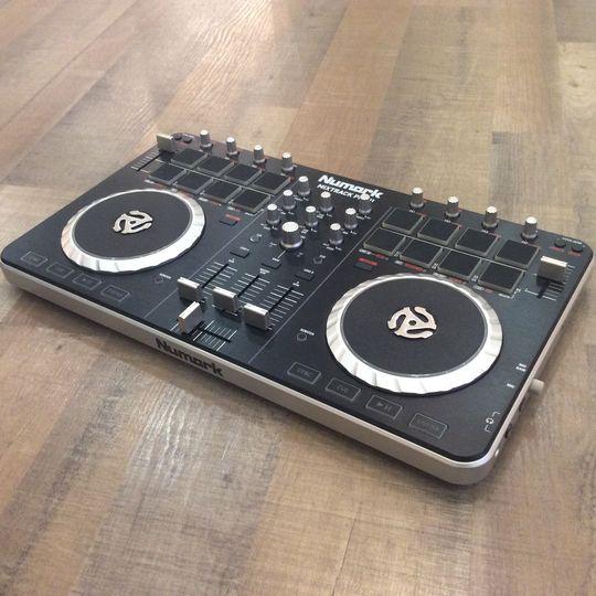 【中古】NUMARK ヌマーク MixTrack PRO2 Serato DJ Lite対応 中古品