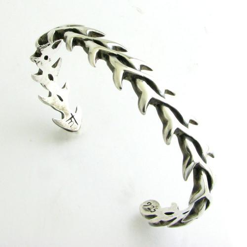 フィッシュボーンデザインシルバーバングル 魚の骨 TBA33001ブレスレット