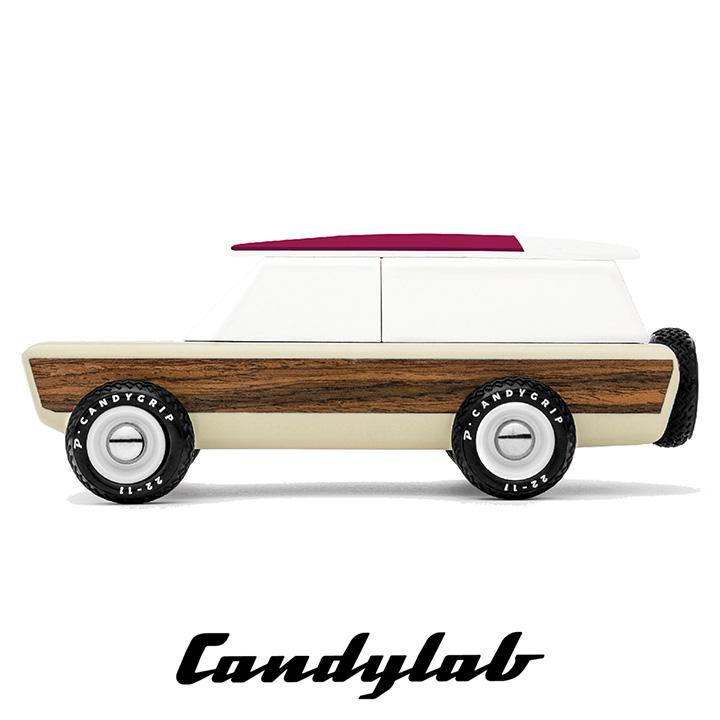 割り引きクーポン配布中 送料無料 ニューヨーク ブルックリン発 Candylab Toys Pioneer Yucatan M1002 キャンディーラボトイズ 大好評です トイカー 子供 木製 アメ車 バン おうち遊び 売れ筋 ジオラマ 自動車 海外 SUV 玩具 木のおもちゃ クラシックカー 室内遊び おしゃれ アメリカ 輸入 男の子