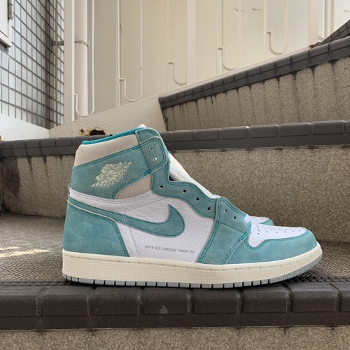 9dd88a2aab8 An NIKE AIR JORDAN 1 RETRO HIGH OG Turbo Green White-Light Smoke Grey- ...