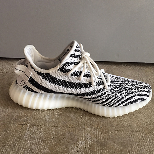 c3bb9c9ee0b04 adidas YEEZY BOOST 350 V2 CP9654 WHITE CORE BLACK RED Adidas easy boost 350  V2 zebra 26cm Kanye West Kanie waist