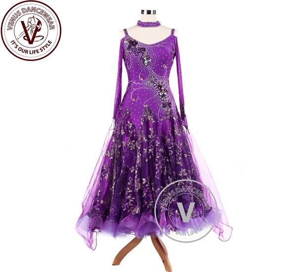 f2869e4b21d20 パープルスパンコール刺繍ボールルームコンクールダンスドレス ヴィーナスダンスウェア(VENUSDANCEWEAR) ...