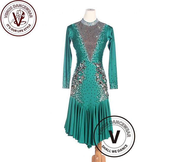 ■ヴィーナスダンスウェア(VENUS DANCEWEAR)緑 女性 ボールルーム サルサ ラテンルンバスイングダンスドレス・■(社交ダンス 衣装 ウェア ドレス トップス スカート シューズ ダンス トップス 服 パンツ ドレス)
