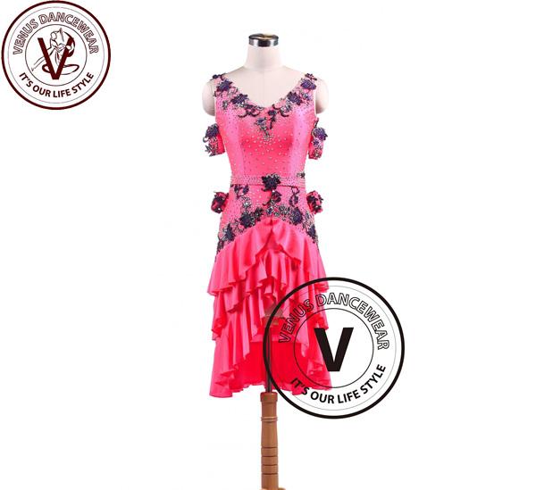 ?ヴィーナスダンスウェア(VENUS DANCEWEAR)ピンクラテンリズムスイング サルサ コンクール ダンスドレス・?(社交ダンス 衣装 ウェア ドレス トップス スカート シューズ ダンス トップス 服 パンツ ドレス)