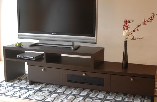 ■スライド式(伸縮)テレビ台 ワイド1500■幅が調節可能 最小幅153cm 迫力の テレビボード空間は収納として使えます。人気 の木目ブラウン 05P26Mar16